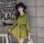ชุดเดรสแฟชั่น ผ้าโพลีเอสเตอร์ สีเขียว (เนื้อผ้าคล้ายชีฟอง แต่หนากว่าชีฟอง) thumbnail 2