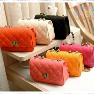 Mini Shoulder Bag กระเป๋าหนังสะพาย รุ่น Mini