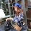 เสื้อแขนยาวสีน้ำเงิน ผ้า Cotton ผสม Spandex พิมพ์ลายดอกไม้ thumbnail 3