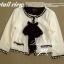เสื้อคลุมขาวขอบดำ ดีเทลแต่งขอบมุก ขายพร้อมผ้าพันคอชีฟอง thumbnail 3