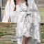 Lady Ribbon เสื้อสีขาวประดับลูกไม้ ทรงหลวม thumbnail 7