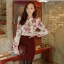 เสื้อแขนยาว ผ้าชีฟอง สีเบจ พิมพ์ลายดอกไม้ thumbnail 1