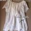 Lady Ribbon เสื้อลูกไม้สีขาว ดีเทลระบาย ปักฉลุลายดอก thumbnail 11