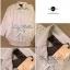 Lady Ribbon Lace Shirt เสื้อเชิ้ตแขนยาว ไหล่ลูกไม้ฉลุดอกไม้ ขาว/ดำ thumbnail 14
