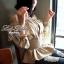 Lady Ribbon เสื้อแขนยาวเปิดไหล่ สีครีม-สีขาว thumbnail 2