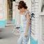 Odee Cutie จั๊มสูทขายาวผ้าลูกไม้ แขนระบาย สีฟ้าหวานใส thumbnail 4
