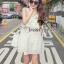 Seoul Secret เดรสผ้าคอตตอนสีขาว ทรงคล้องคอ แต่งระบาย thumbnail 3