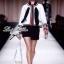 เสื้อคลุมขาวขอบดำ ดีเทลแต่งขอบมุก ขายพร้อมผ้าพันคอชีฟอง thumbnail 1