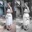 Lady Ribbon เดรสกระโปรงลูกไม้ตัวยาว โทนสีขาว-ดำ thumbnail 5