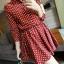 เดรสผ้าลูกฟูก สีแดงลายจุดสีขาว คอปกแบบเสื้อเชิ้ตกระดุมหน้า เอวยางยืด thumbnail 2