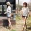 Lady Ribbon เสื้อสีขาวประดับลูกไม้ ทรงหลวม thumbnail 3
