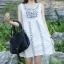 เดรสผ้าฝ้ายสีขาว ปักไหมพรมลายดอกไม้ thumbnail 3
