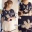 Lady Ribbon เสื้อปักลายดอกไม้ แต่งโบว์ สีครีม สีกรมท่า thumbnail 3