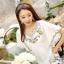 Ice Vanilla เสื้อตัวยาวสีขาว แต่งลายปักดอกไม้วินเทจ thumbnail 4