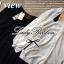 Lady Ribbon เสื้อเชิ้ตสไตล์สาวเกาหลีปกข้าง สีขาว-สีดำ thumbnail 7