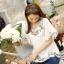 Ice Vanilla เสื้อตัวยาวสีขาว แต่งลายปักดอกไม้วินเทจ thumbnail 3