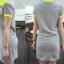 เดรสสั้นผ้ายืดสีเทา คอปกเสื้อโปโล ตัดต่อผ้าสีตรงปกคอและแขนเสื้อ thumbnail 5