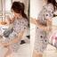 Lady Ribbon Partysu Korea มินิเดรสลูกไม้ลายดอกไม้ สีเทา สีขาว thumbnail 5