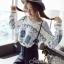 Seoul Secret เสื้อเนื้อผ้าไหมพรมเกาหลี ทอลายดอกไม้ thumbnail 1