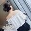 Odee Cutie Classy Lace Blouse เสื้อลูกไม้ทรงcrop เกาะไหล่ สีขาว thumbnail 5
