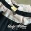 Lady Ribbon เสื้อปาดไหล่พิมพ์ลายทางประดับโบช่วงแขน thumbnail 9