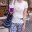 Lady Ribbon เสื้อยืดปักดอกคามิลเลียแต่งมุก thumbnail 4