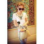 Seoul Secret เสื้อยืดสีขาว ประดับด้วยอัญมณีและเพชรพลอย