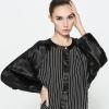 เสื้อแจ็คเก็ต Striped Bat Sleeve