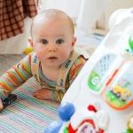 มีของเล่นเยอะเต็มบ้าน สร้างความสุขให้ลูกได้จริงหรือ?