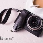 เคสกล้องกล้อง VR Half-case Sony A6000