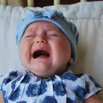 การร้องไห้ ภาษาแรกของลูก