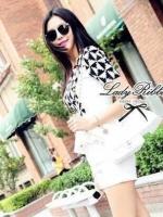Lady Ribbon Black&White Set ชุดเซ็ทเสื้อกางเกง พิมพ์ลายกราฟฟิค