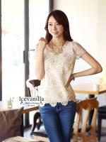 Ice Vanilla Gold Lace Blouse เสื้อลูกไม้ แต่งลายปักดิ้นทองและมุก