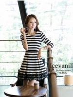 IceVanilla Fall Striped Stitch Lace Dress