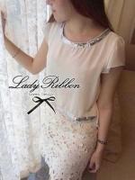 Lady Ribbon มินิเดรสผ้าชีฟองประดับเลื่อม กระโปรงผ้าลูกไม้ สีขาว สีดำ
