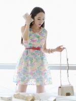 Cherry KOKO เดรสผ้าแก้วปักไหมพรมลายดอกไม้ พร้อมเข็มขัดหนัง