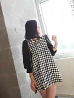 ชุดเดรสสั้น ผ้าชีฟองเนื้อผสม พิมพ์ลายชิโนริ สีขาวดำ