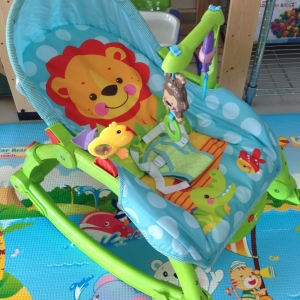เปลโยก 3 in 1 Newborn-to-Toddler Portable Rocker