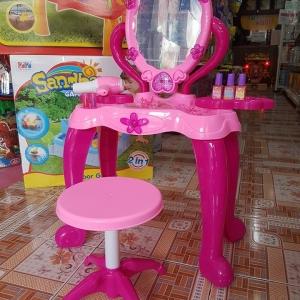 โต๊ะเครื่องแป้งเจ้าหญิงพร้อมเก้าอี้ครบชุด